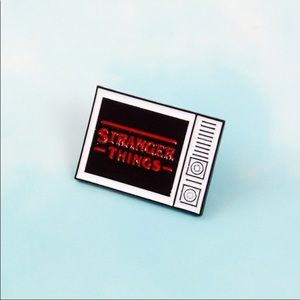Jewelry - Stranger things pin/brooch